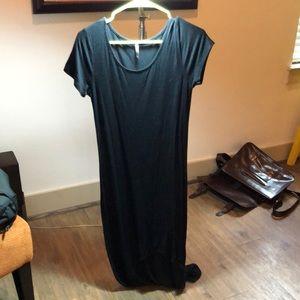 Dramatic Black Hi-lo Dress